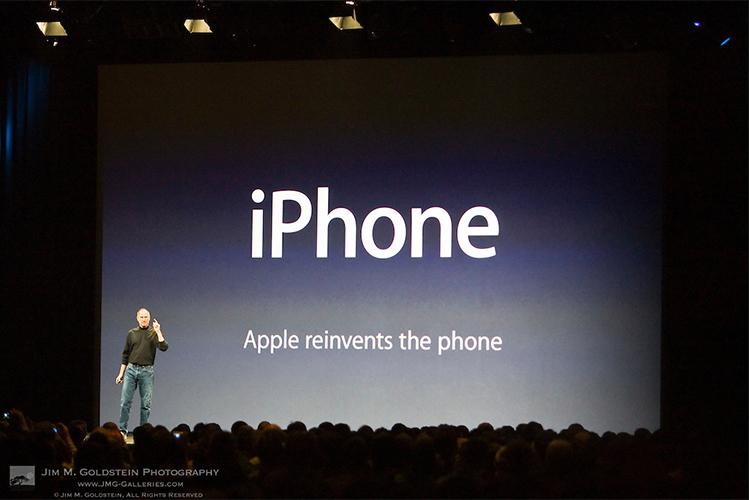Những câu chuyện chưa kể về cuộc chiến giữa iPhone và 2 đời CEO bất lực của Nokia - Ảnh 8.